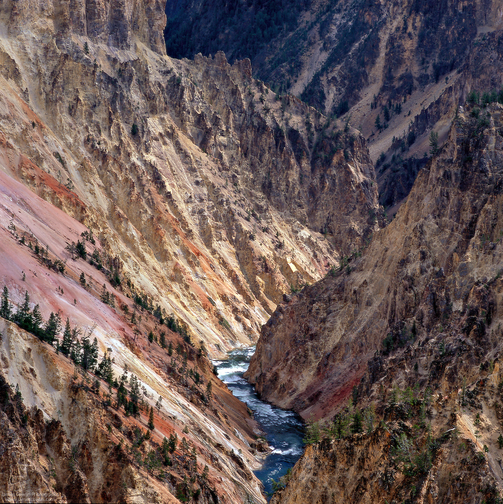 Yellowstone River in the Grand Canyon of the Yellowstone, Yellowstone National Park, Wyoming (James Cowlin)