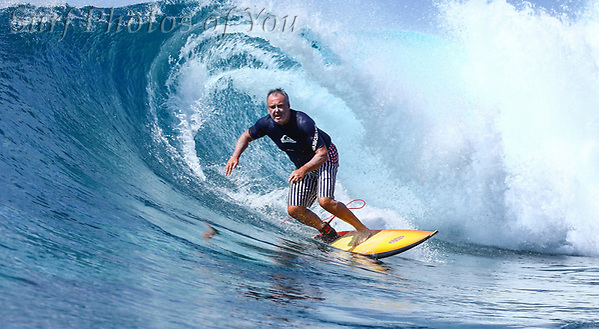 30 August 2019, Maldives, Surf Photos of You @surfphotosofyou, @mrsspoy (30 August 2019, Maldives, Surf Photos of You @surfphotosofyou, @mrsspoy)