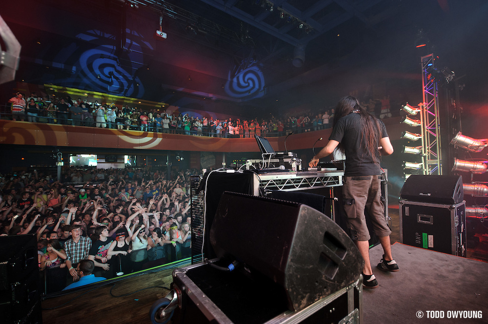 Photos of Bassnectar performing at the Pageant in St. Louis on April 9, 2011. (Todd Owyoung)
