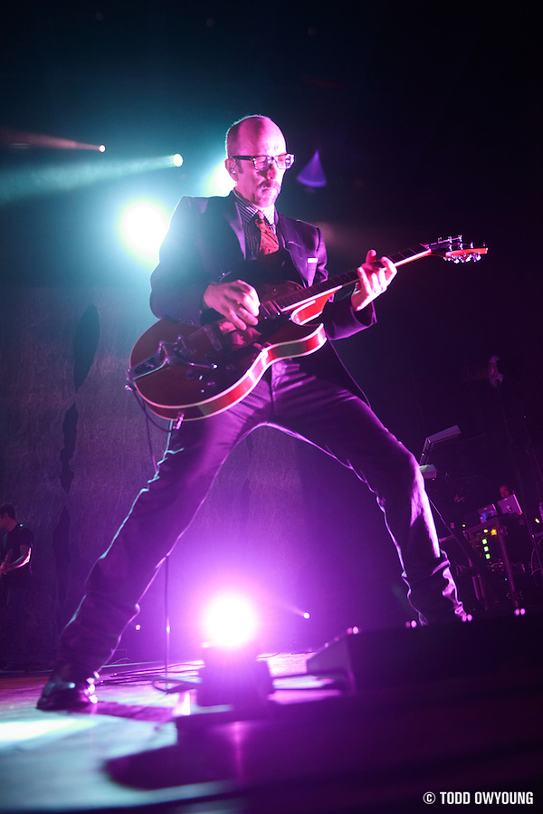 Garbage performing at the Pageant in St. Louis on April 9, 2013. (© Todd Owyoung)