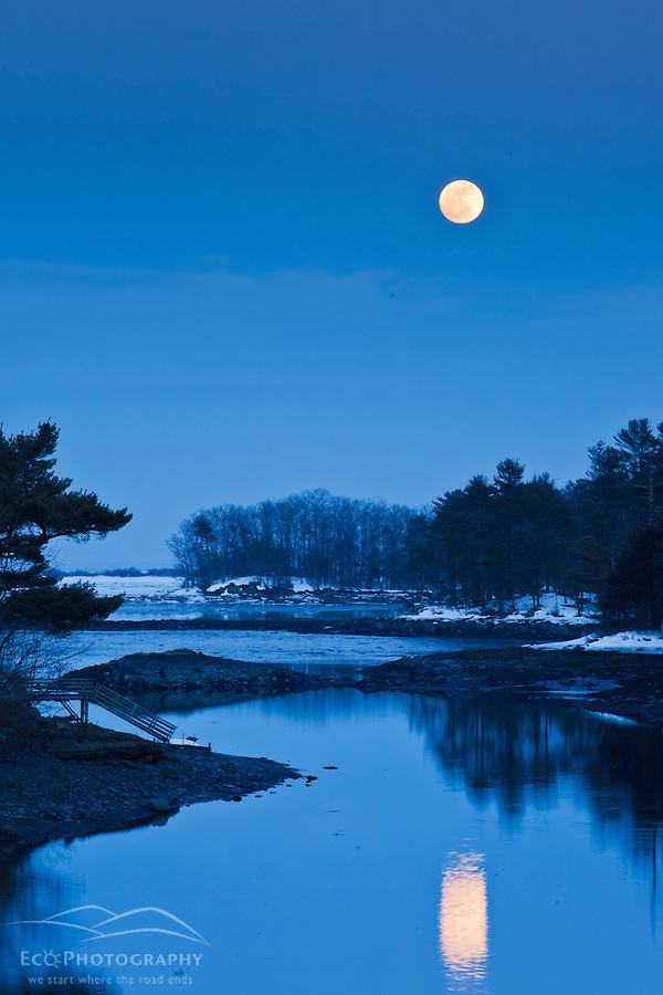 Moonrise over Chauncey Creek in winter. Kittery, Maine. Tidal creek. Maine Coast. (Jerry Monkman)