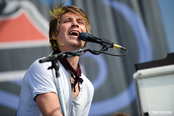 Photos of Hanson performing at The Bamboozle in East Rutherford, New Jersey on May 1, 2010. (© Todd Owyoung)