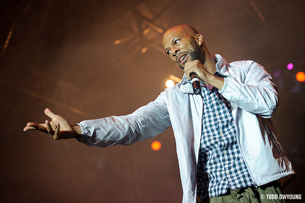 Common performing in St. Louis on July 9, 2010 at the Celebrate St. Louis concert series. (© Todd Owyoung)