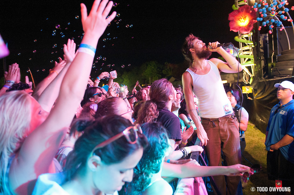Alex Ebert of Edward Sharpe and the Magnetic Zeros performing on August 6, 2011 at the Escape to New York Festival in South Hampton, NY. © Todd Owyoung. (TODD OWYOUNG)