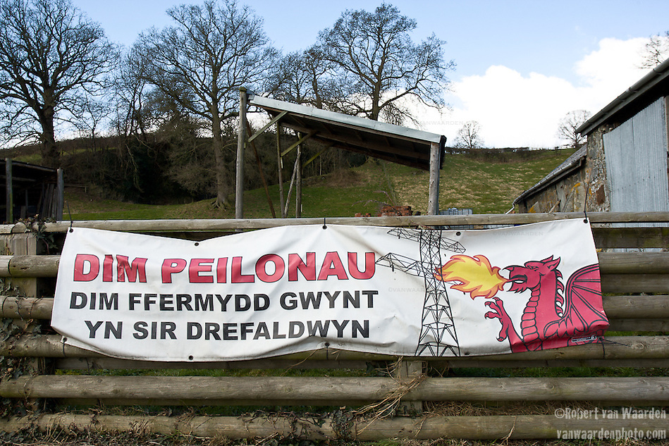 A typical anti-turbine farm in mid Wales. Translation: No Pylons.No Wind farms in Montgomeryshire (Robert van Waarden)