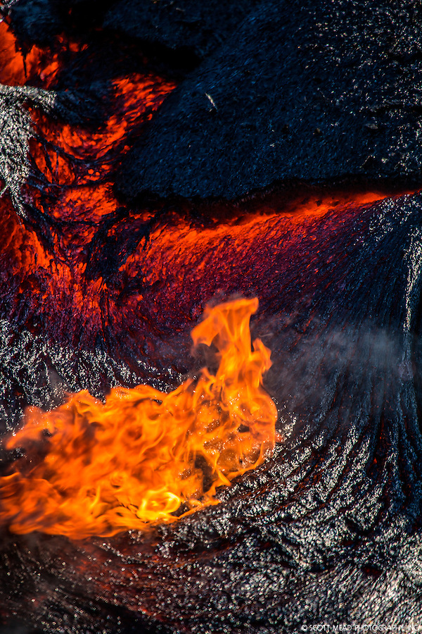 Flowing, burning lava field from Kilauea Volcano, Volcanoes National Park, Big Island, Hawaii (Scott Mead)