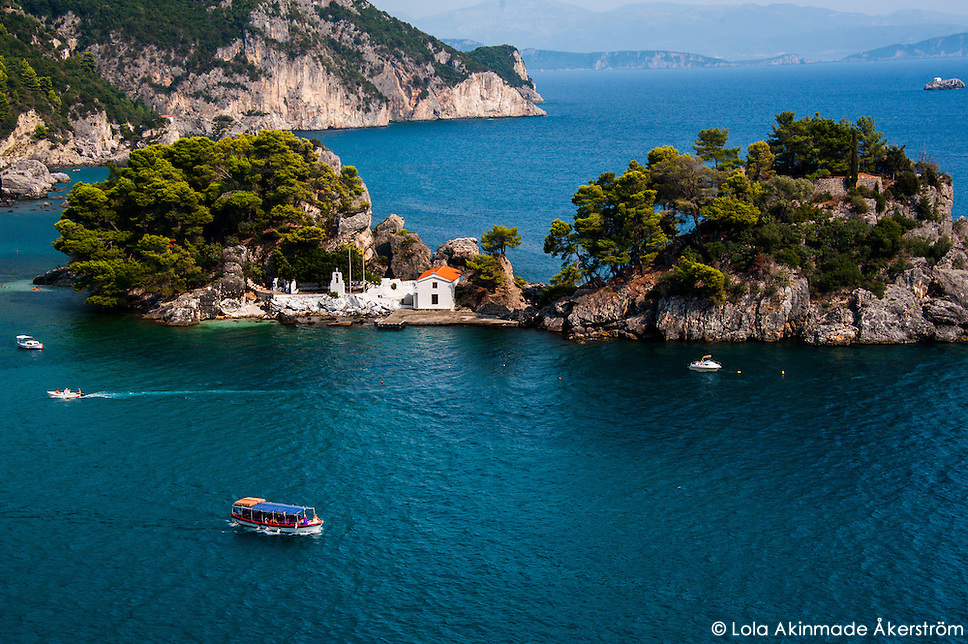 Lifestyles and scenes from Parga, Greece (Lola Akinmade Åkerström)