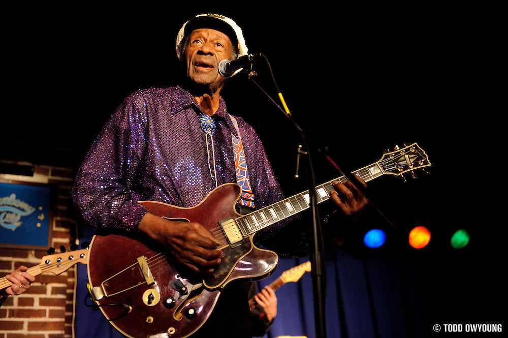 Rock 'n roll pioneer Chuck Berry performing in St. Louis, Missouri at The Duck Room on January 19, 2011. (© Todd Owyoung)