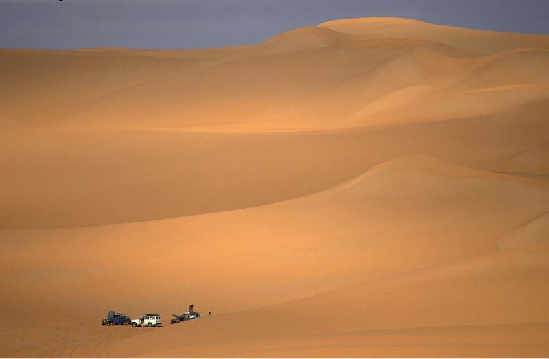 Sandwüste bei Ubari, Libyen, Afrika * Sand desert in Ubari, Libya, Africa (Michael Runkel)