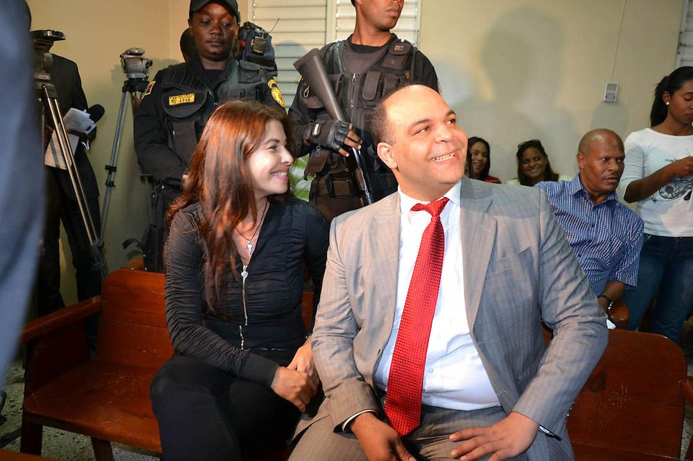 Sobeida Félix Morel con su abogado Félix Portes