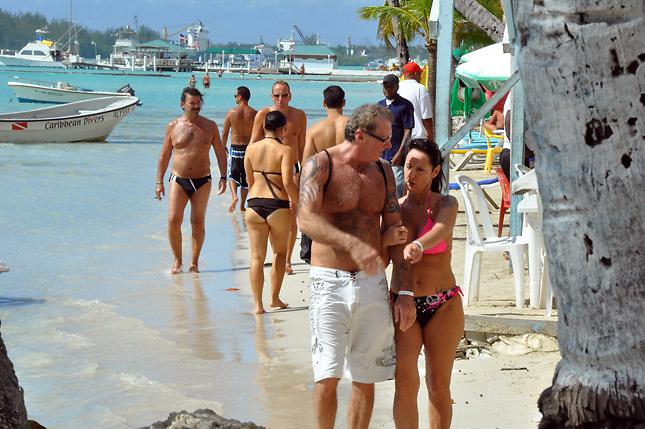 prostitutas playa blanca cara y lucy prostitutas de lujo