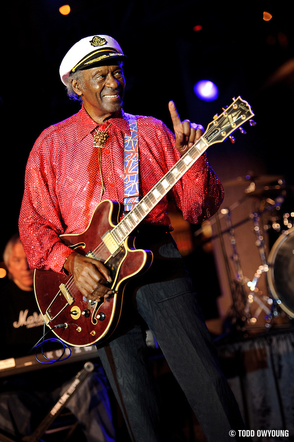 Chuck Berry performing at Kiener Plaza in St. Louis during a rally concert for St. Louis's bid for the Democratic National Convention in 2010. (© Todd Owyoung)
