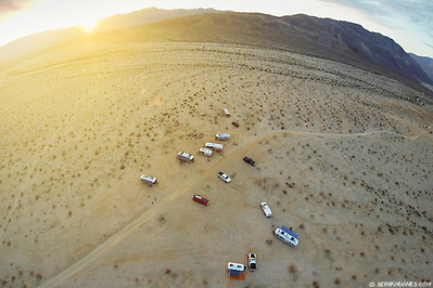 A community of Airstream RVers camp together off-the-grid in the Anza Borrego Desert of California. (©2015 Seth K. Hughes)