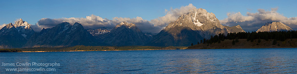 Panorama of Jackson Lake and the Teton Mountains in Grand Teton National Park (James Cowlin)